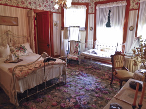 His Mother's Bedroom